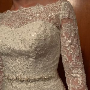 Ivory Lace Long Sleeve Wedding Dress